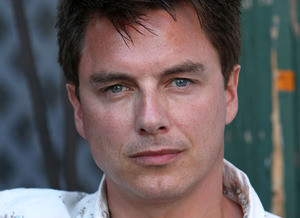John Barrowman, de Arrow e Torchwood, será apresentador de reality show