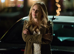Bomba: Claire Holt, a Rebekah, está deixando The Originals!