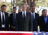 "Final da 11ª temporada de NCIS: trailer e fotos do episódio ""Honor Thy Father"""