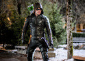 Arrow: Oliver busca vingança de Prometheus no trailer do episódio 5x18