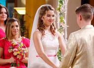 Superstore: casamento de Cheyenne e Bo no trailer e cena do episódio 2x20